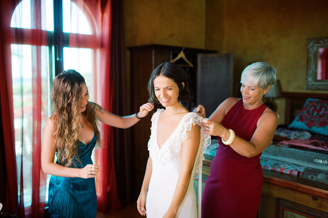 Real Bride Diary – Wildly Fun and Intimate Baja Beach Wedding of Claire Eliza and Jack – Corinne Graves 3