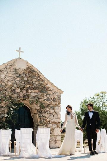 Luxurious Wedding Inspiration From An Ancient Greek Chapel – Nina Wernicke 14