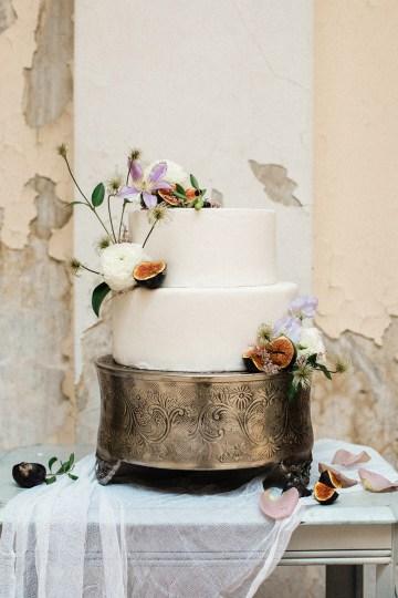 Luxurious Wedding Inspiration From An Ancient Greek Chapel – Nina Wernicke 30