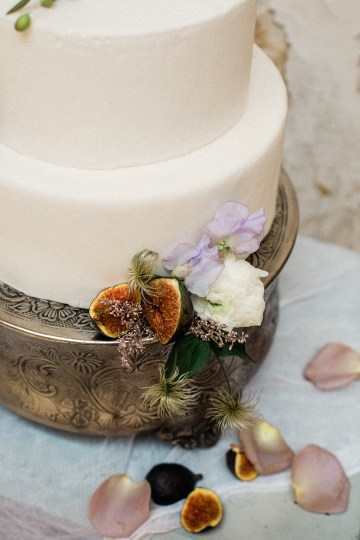 Luxurious Wedding Inspiration From An Ancient Greek Chapel – Nina Wernicke 31