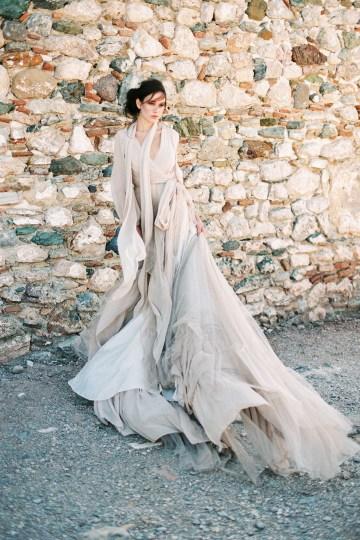 Luxurious Wedding Inspiration From An Ancient Greek Chapel – Nina Wernicke 44