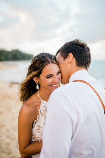Playful and Intimate North Shore Oahu Beach Wedding – Chelsea Stratso Photography 29