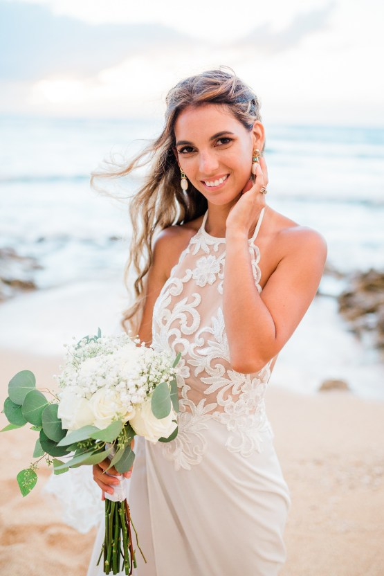 Playful and Intimate North Shore Oahu Beach Wedding – Chelsea Stratso Photography 35