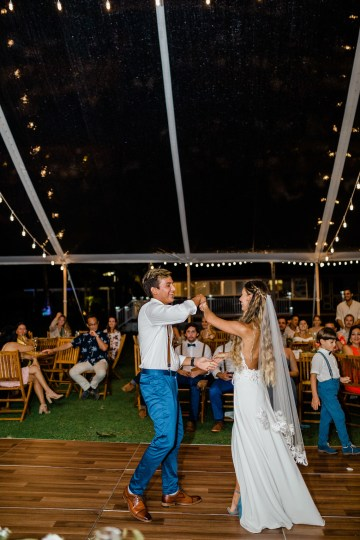 Playful and Intimate North Shore Oahu Beach Wedding – Chelsea Stratso Photography 43