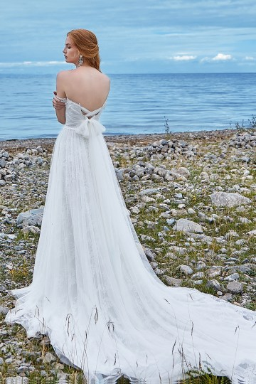 Affordable and Absolutely Showstopping Wedding and Bridesmaid Dresses By CocoMelody – Lily White Collection 2