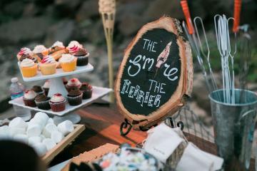 Cannon Beach Bonfire Wedding With Smores – Marina Goktas Photography 14