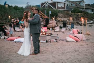Cannon Beach Bonfire Wedding With Smores – Marina Goktas Photography 15
