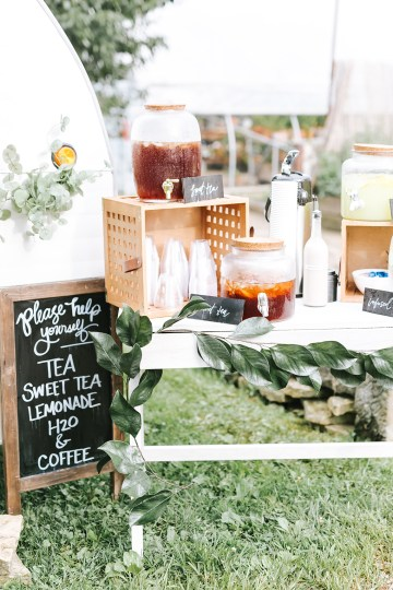 Eclectic Detail-filled Ohio Farm Wedding with a Donut Wall and Espresso Cart – Mandy Ford Photography 17