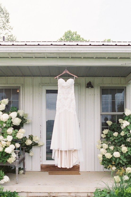Eclectic Detail-filled Ohio Farm Wedding with a Donut Wall and Espresso Cart – Mandy Ford Photography 72