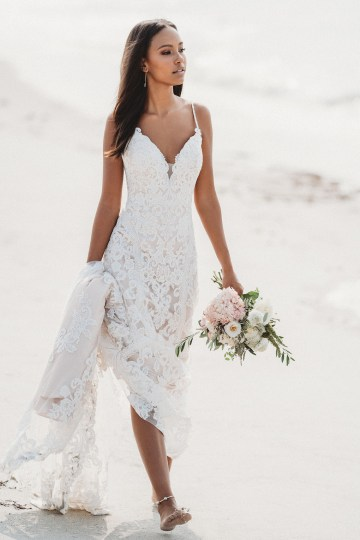 Top 10 Wedding Dress Shopping Tips From A Real Bridal Stylist – Allure Bridals 21