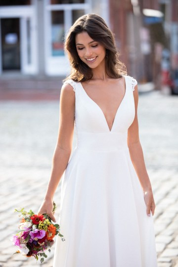 Top 10 Wedding Dress Shopping Tips From A Real Bridal Stylist – Allure Bridals 36