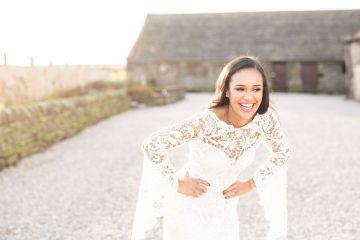 Vibrant Blossom Barn Wedding Inspiration With Creative Dessert Ideas – Deluxe Blooms – Natasha Cadman Photography 4