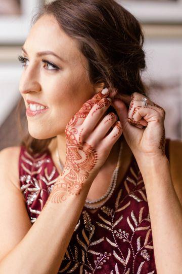 Beautiful Burgundy Hindu Fusion Wedding – Danielle Harris Photography 57