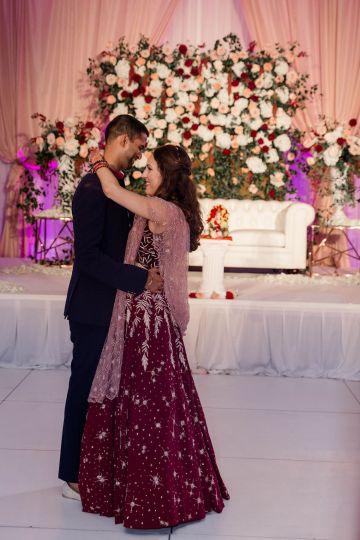 Beautiful Burgundy Hindu Fusion Wedding – Danielle Harris Photography 64