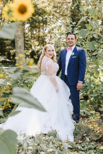 Cheery Marthas Vineyard Summer Wedding – Lena Mirisola Weddings 15
