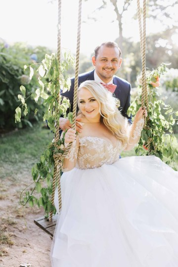 Cheery Marthas Vineyard Summer Wedding – Lena Mirisola Weddings 43