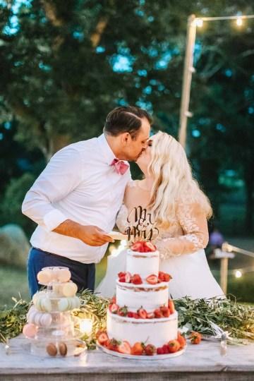 Cheery Marthas Vineyard Summer Wedding – Lena Mirisola Weddings 48