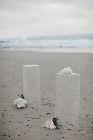 Effortlessly Cool Lava Rock Beach Wedding Inspiration in Byron Bay – Megan Kelly Photo 26