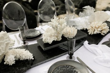 Effortlessly Cool Lava Rock Beach Wedding Inspiration in Byron Bay – Megan Kelly Photo 30