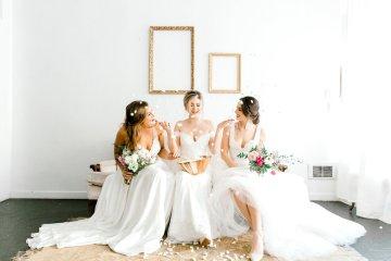 Monica Phoebe and Rachel Friends Bridal Inspiration – Lora Grady Photography 1