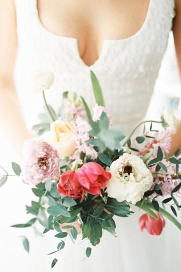 Monica Phoebe and Rachel Friends Bridal Inspiration – Lora Grady Photography 41
