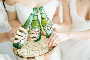 Monica Phoebe and Rachel Friends Bridal Inspiration – Lora Grady Photography 8