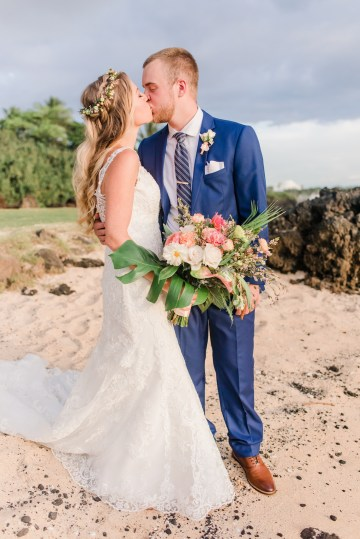 Tropical Maui Lava Field Wedding – Marlayna Photography 52