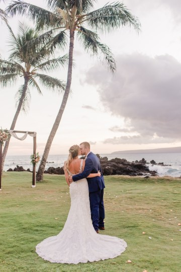 Tropical Maui Lava Field Wedding – Marlayna Photography 55