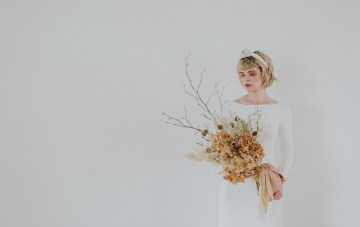Modern Minimalistic Wedding Inspiration With Dried Florals