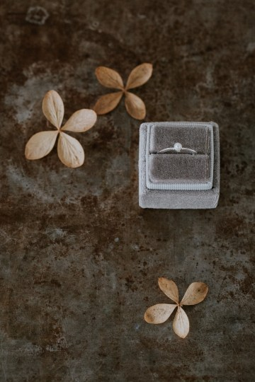 Dried Florals and Modern Minimalistic Wedding Inspiration – Maja Tsolo Photography 42