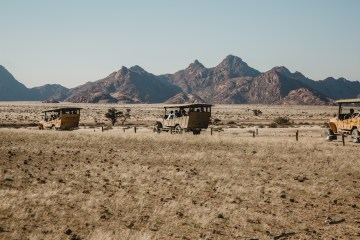 Adventurous Namibia Desert Safari Wedding – Nifty Studio Photography 38