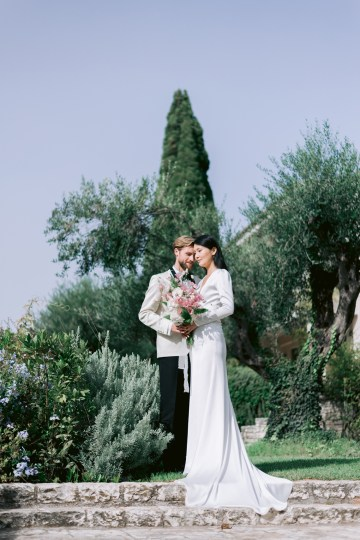 Modern Fashion-Forward Black White and Pink Greek Wedding Inspiration – Panos Demiropoulos 24