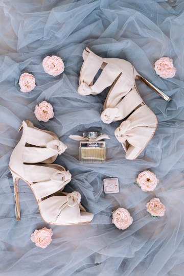Modern Fashion-Forward Black White and Pink Greek Wedding Inspiration – Panos Demiropoulos 4