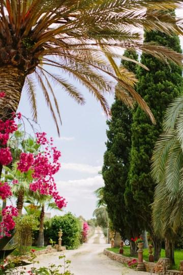 Posh Mallorca Pool Party Wedding at a Rustic Spanish Villa – Sandra Manas 1