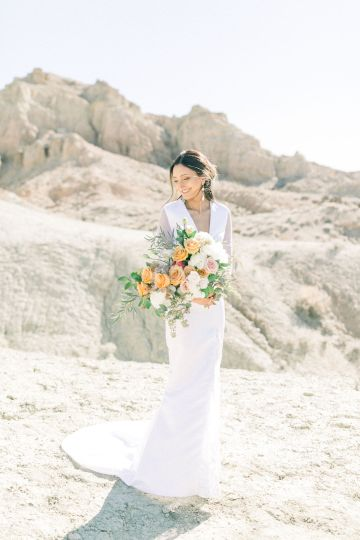 Rainbow Basin Desert Wedding Inspiration with Moon Stationery – Victoria Masai Photography 1