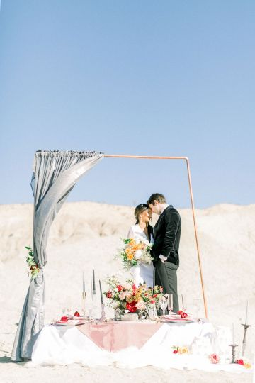 Rainbow Basin Desert Wedding Inspiration with Moon Stationery – Victoria Masai Photography 10