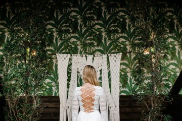 Bold Tropical Wedding Inspiration – Katerina Antos-Lewis Photography 11