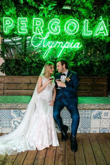 Bold Tropical Wedding Inspiration – Katerina Antos-Lewis Photography 46
