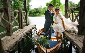 Charming English Wildflower Wedding At The Family Farm
