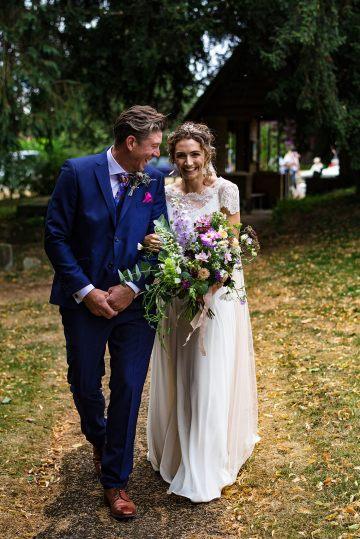 Charming English Wildflower Wedding At The Family Farm – Jonny Barratt Wedding Photography 19