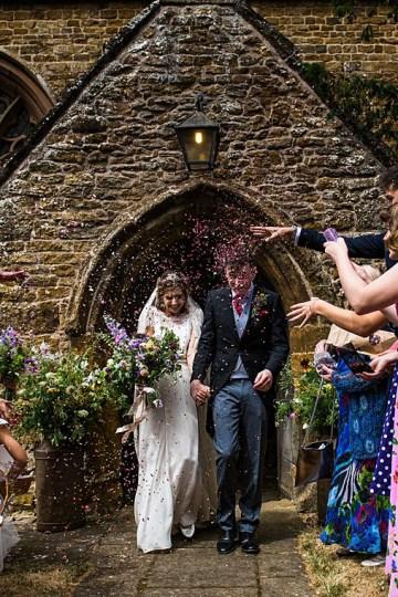 Charming English Wildflower Wedding At The Family Farm – Jonny Barratt Wedding Photography 25