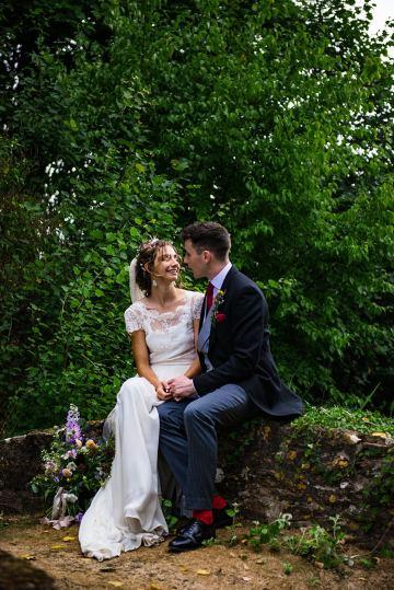 Charming English Wildflower Wedding At The Family Farm – Jonny Barratt Wedding Photography 33