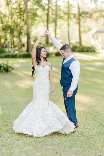 Elegant Blush Southern Plantation Wedding – Molliner Photography 35