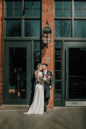 Vintage Glamour Wedding Inspiration in Manchester – Gail Secker Photography 24