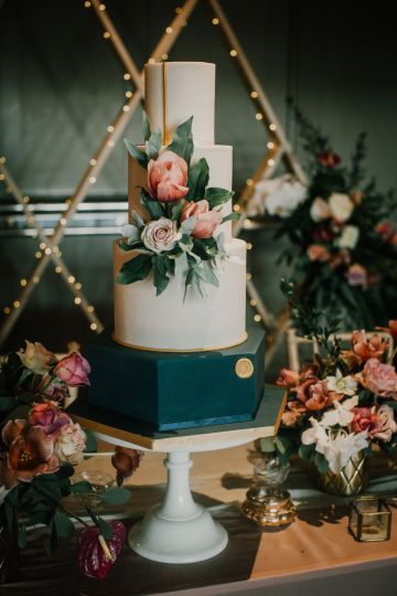 Vintage Glamour Wedding Inspiration in Manchester – Gail Secker Photography 58