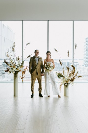 Chic Fall Loft Wedding Inspiration from Toronto – Shannon Robbins Photography – June Bloom Events 41