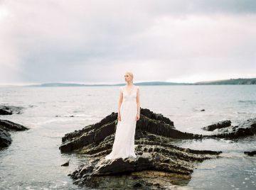 Gorgeous Coastal Ireland Wedding Inspiration – White Cat Studio – Petal and Twine 47