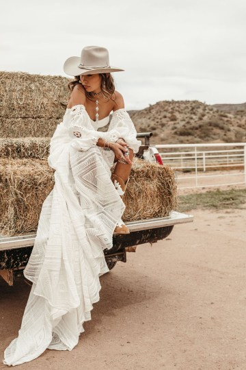 Rue de Seine Moonrise Canyon Wedding Dress Collection – Arizona Gown 4