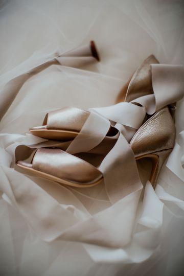 Ethereal Secret Garden Wedding Inspiration – Patrycja Wojtkowiak – Pure Love Weddings 1