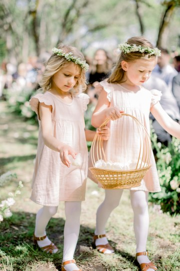 Whimsical Floral-Filled Woodland Wedding – Walnut and Main – Irina Turkova Photography 49